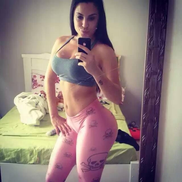 Jessika Amaral a morena gostosa Miss Bumbum fez video mostrando a buceta
