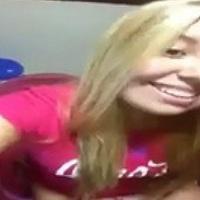Ninfeta loirinha do whatsapp gravou video peladinha tesão