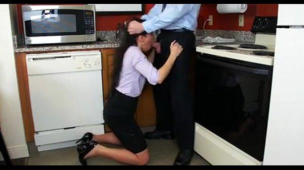 Chegou do trabalho e foi foder a esposa gostosa