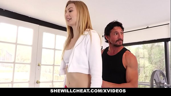Personal trainer comendo esposa gostosa do corno