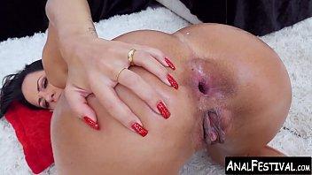 Analine video sexo anal dando cu em dupla penetração